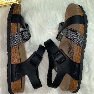 Birkenstock Shoes - BIRKIS BIRKENSTOCK LILLE CROSS STRAP SANDALS